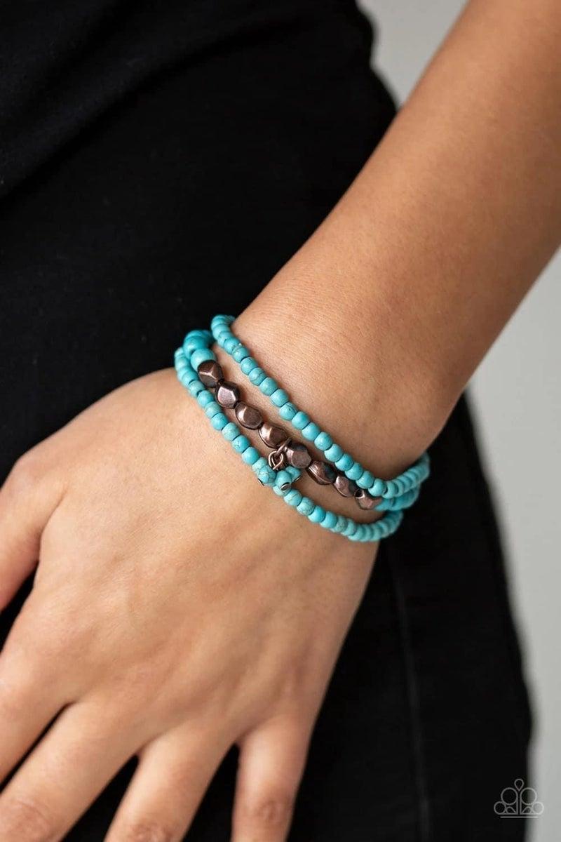 Tour de Tranquility - Blue/Brass Stretchy Bracelet