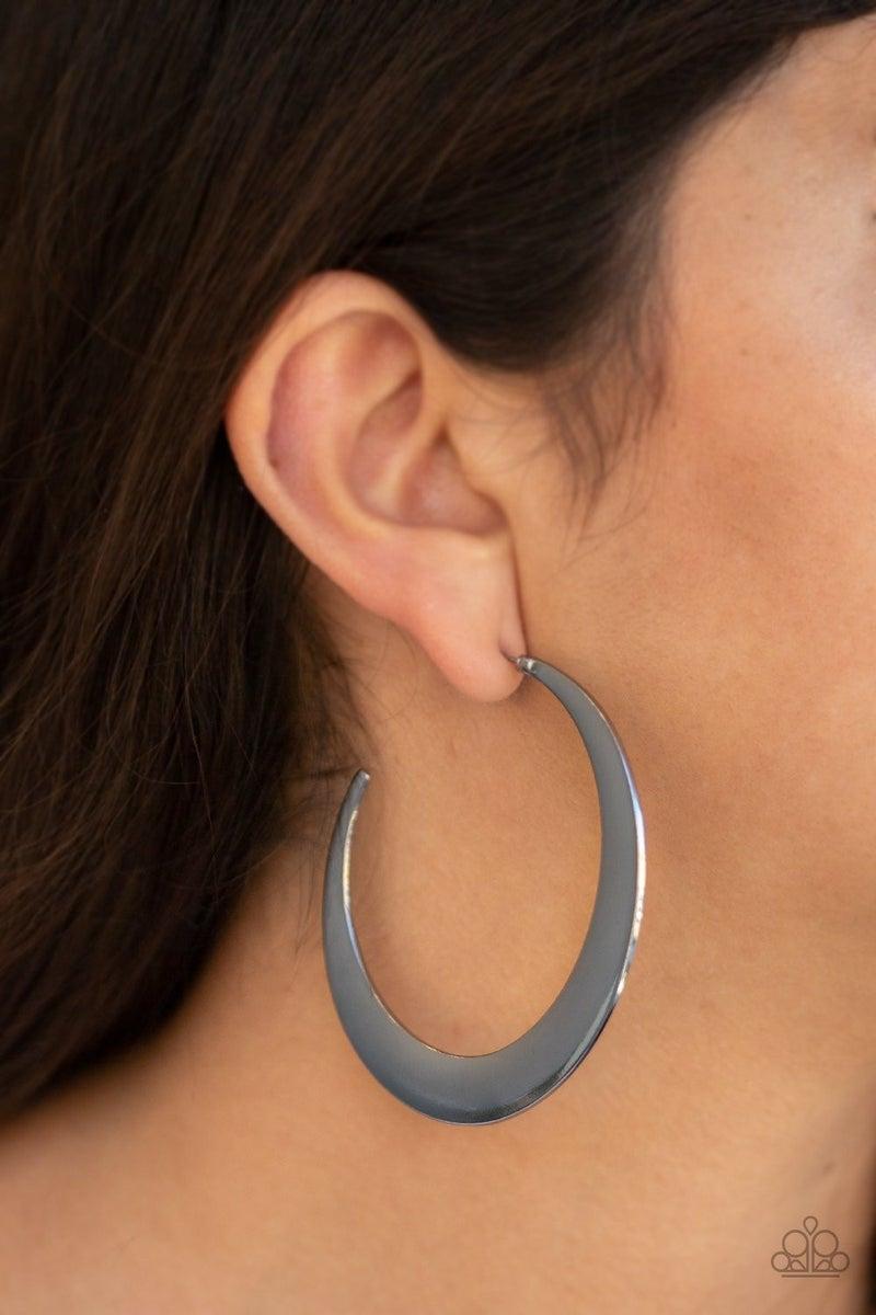 Moon Beam - Gunmetal Earrings