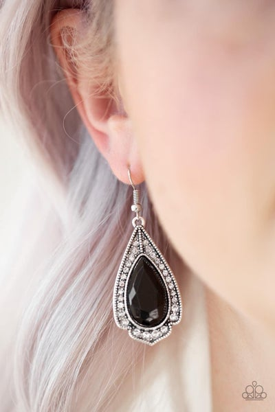 Superstar Stardom - Black Earrings