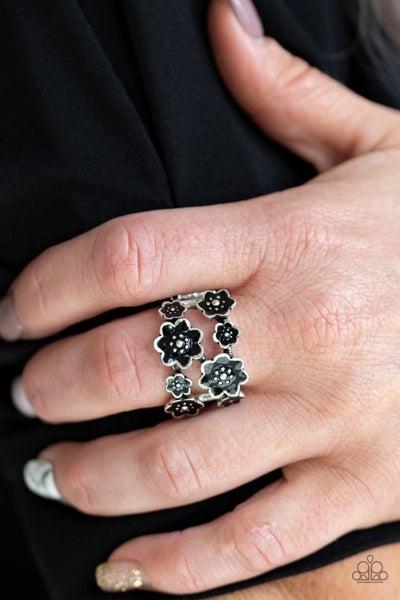 Floral Crowns - Black Ring