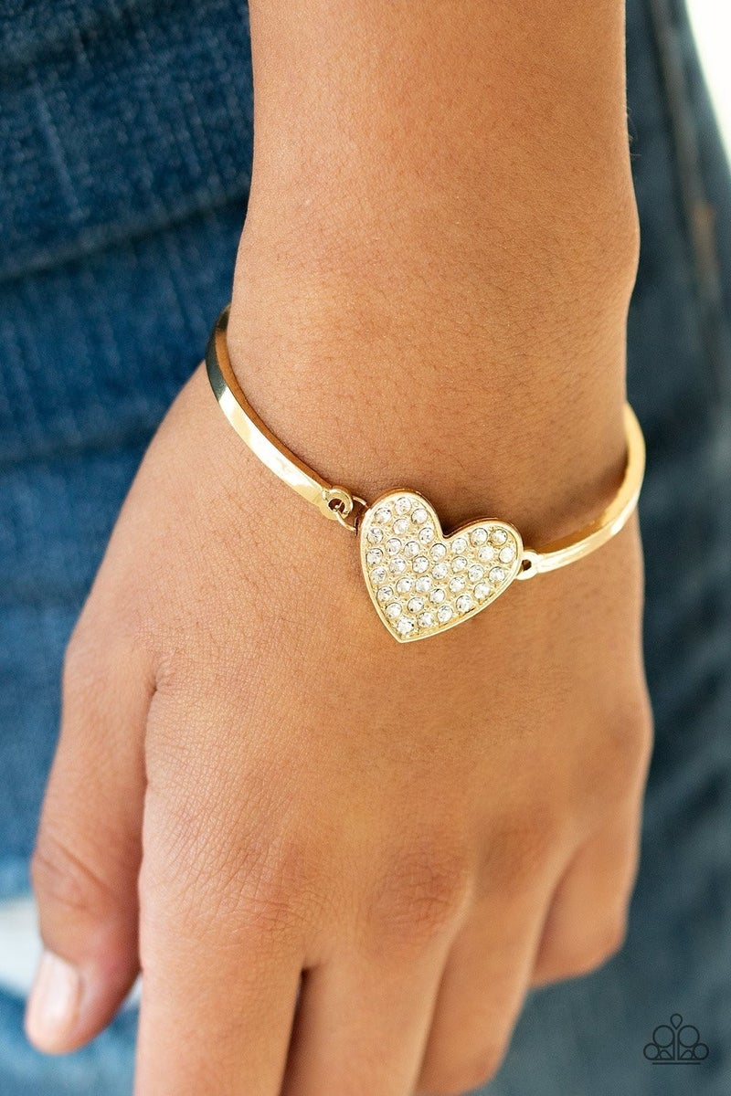 Heart-Stopping Shimmer - Gold Clasp Bracelet