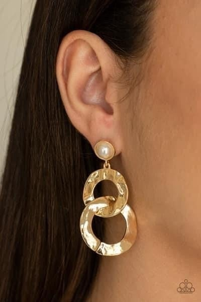On Scene - Gold Earrings