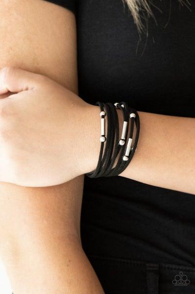 Back To BACKPACKER - Black Clasp Bracelet