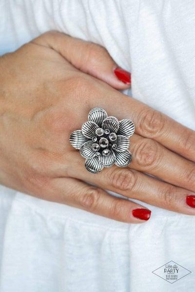 Petal Pusher - Silver Ring