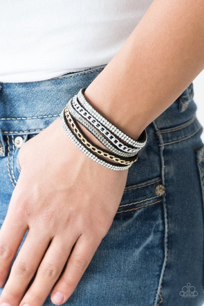 Fashion Fiend - Black Snap Wrap