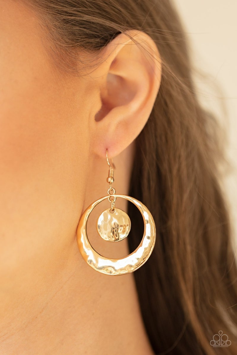 Rounded Radiance - Gold Earrings