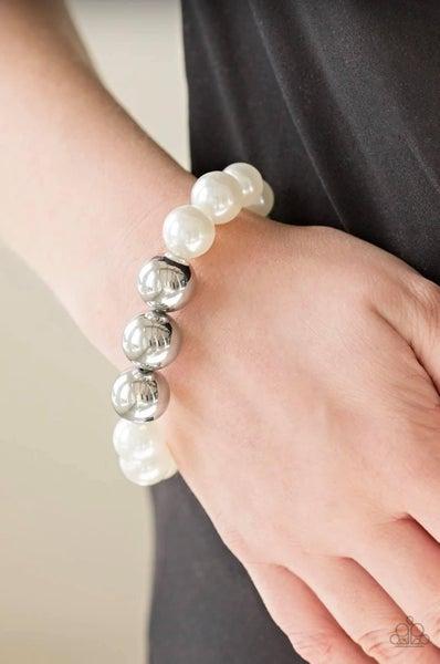 All Dressed UPTOWN - White Stretchy Bracelet