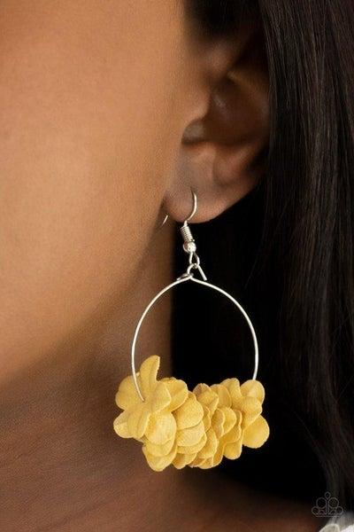 Flirty Florets - Yellow Earrings