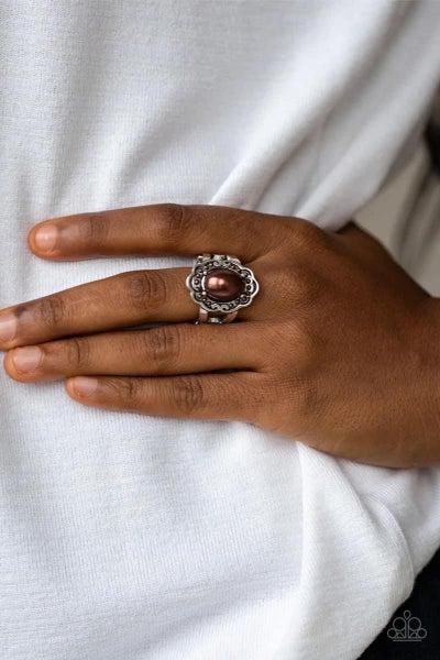 Metro Marina - Brown Ring