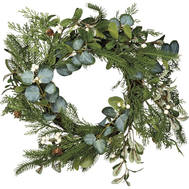 Mistletoe Mix Wreath
