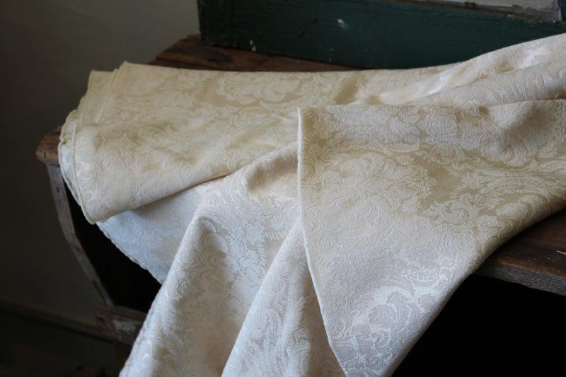 """Table Cloth 57""""x80"""""""