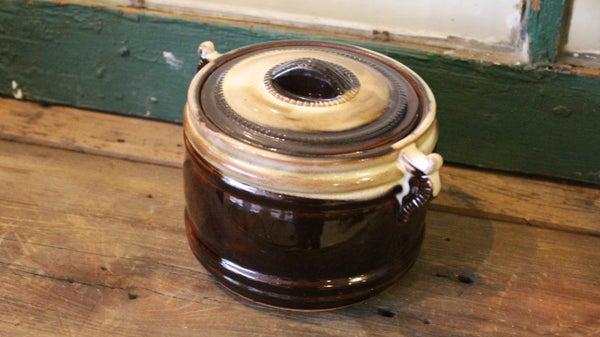 Bean Pot with Four Bowls