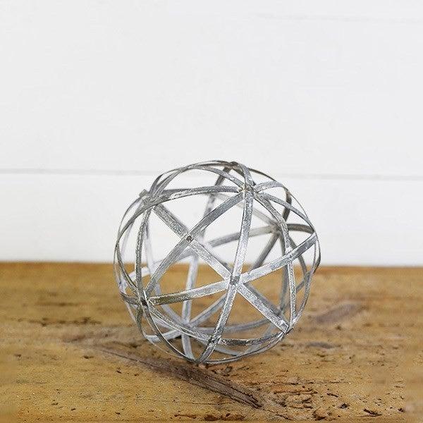 "5"" Tin Ball- White Washed"