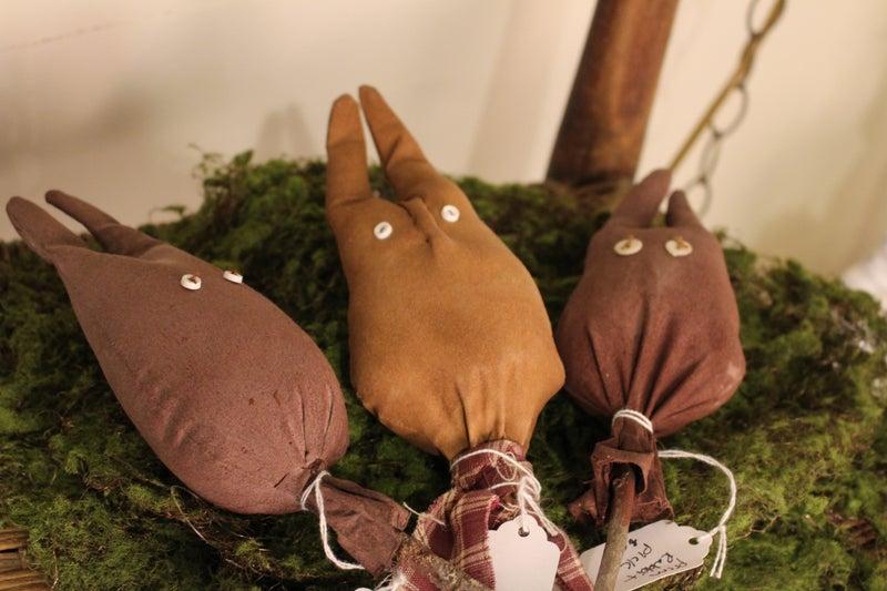 Prim Rabbit Pick