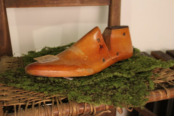 Antique 1959 Arnold Woodright Wooden Shoe Form
