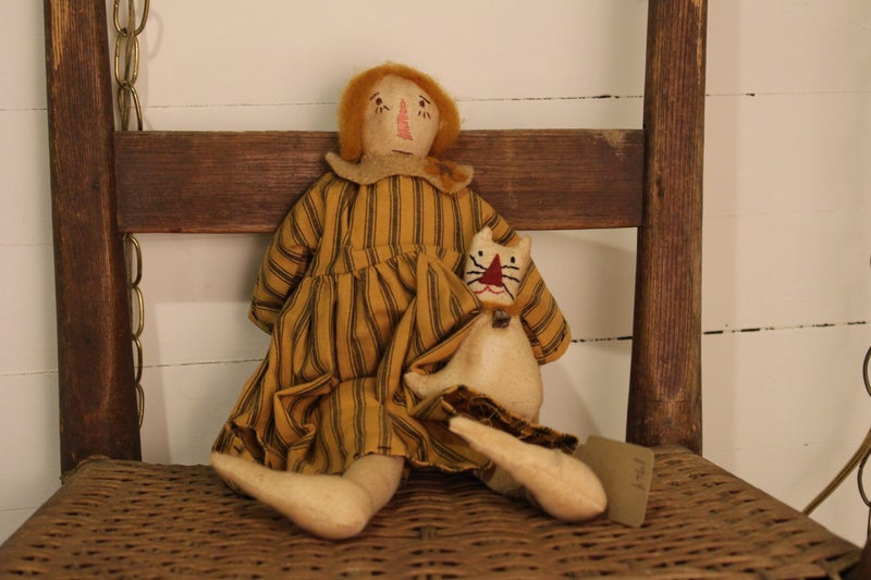 1964 Rag Doll with Cat
