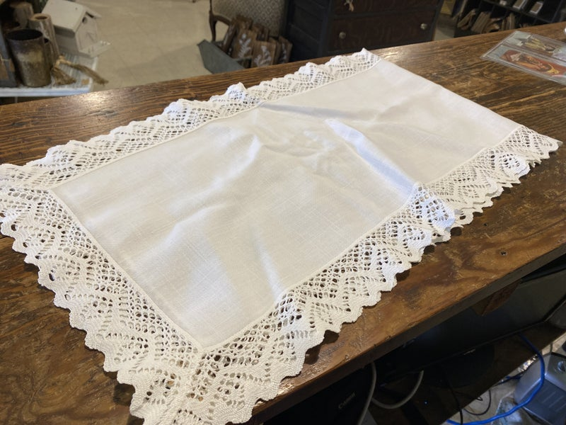 "46"" Table Runner"