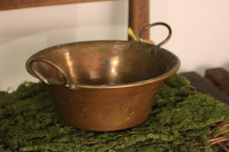 """Antique 8"""" Round Copper Pot"""