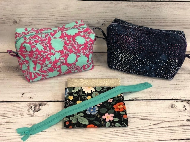 Kit:  Coleen's Cosmetic Pouch Strawberry Fields