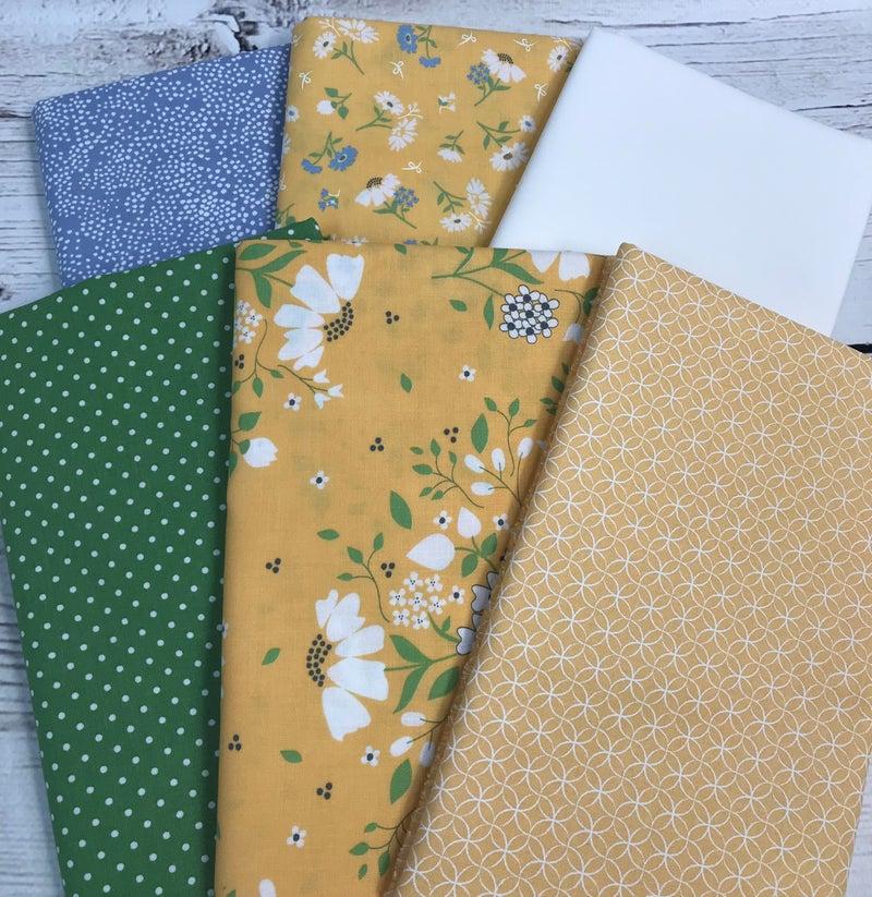Fat Quarter Bundle (6)Yellow and Blue Floral