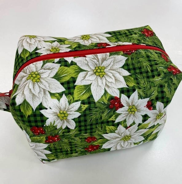 """Kit: Stripping with my Christmas Pouch (Inc. fabric, zipper,ptrn)  8"""" x 5"""" x 5"""""""