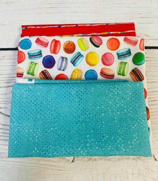 Kit:  June Tailor Lunchbox Macaroons (Need Batting/Zipper Kit)