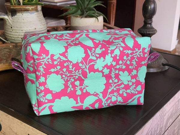 """Kit:  Stripping with My Tula Print Pouch (8"""" x 5"""" x 5"""")"""
