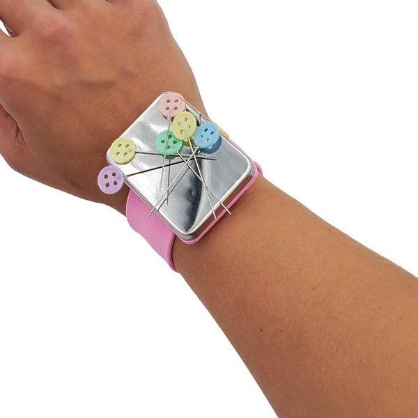 Magnetic Wristlet
