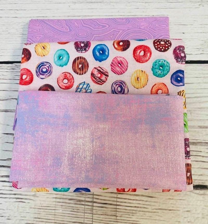 Kit:  June Tailor Lunchbox Donuts (Need Batting/Zipper Kit)