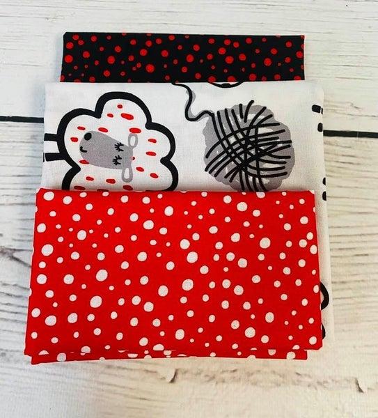 Kit:  June Tailor Lunchbox Sheep(Need Batting/Zipper Kit)