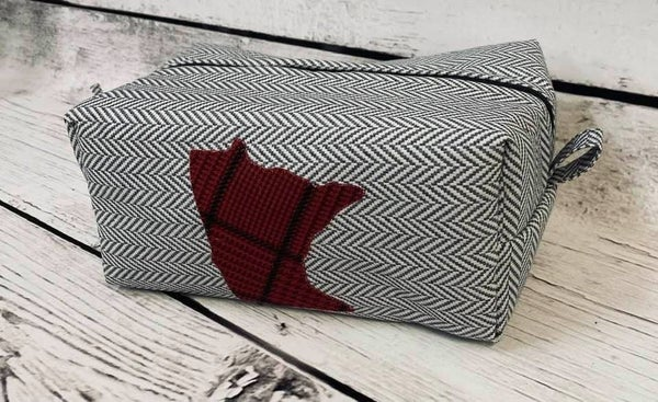 Kit:  MN Pouch (Includes fabric & pattern)