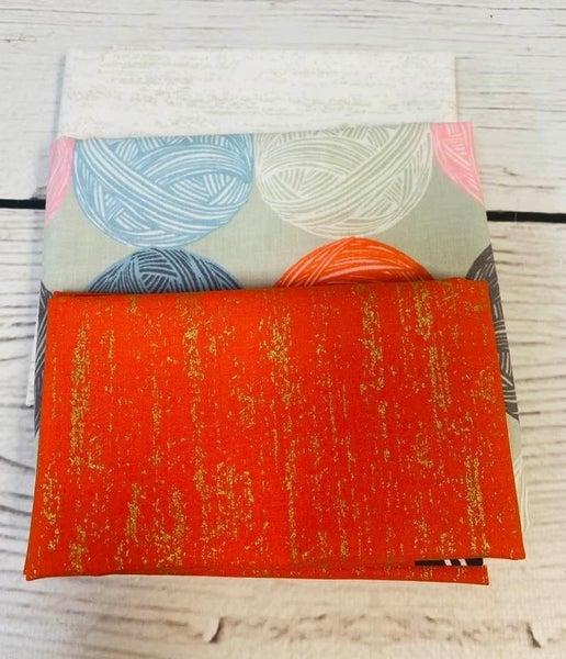 Kit:  June Tailor Lunchbox Yarn(Includes Batting/Zipper Kit)