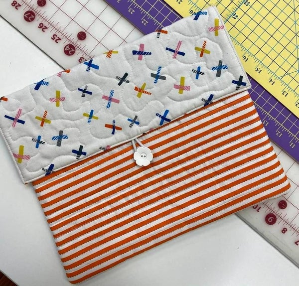 Pocket Portfolio Kits (Various Colorways) NEED PTRN