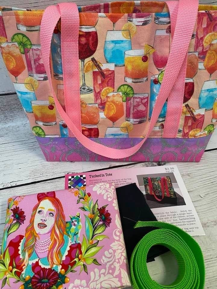 Kit: KM Tucked in Tote Tula Alice Pink -  Inc. Ptrn, Fabric & Webbing