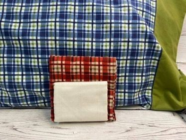 Kit: QMN Flannel Pillow Case Red