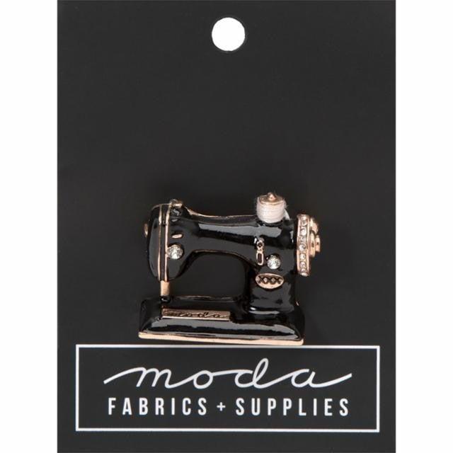 Moda Vintage Sewing Machine Pin
