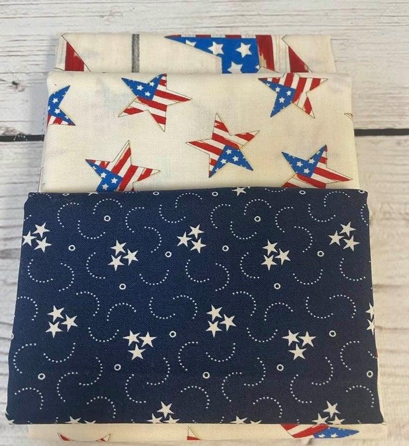 Kit:  June Tailor Lunchbox Patriotic(Need Batting/Zipper Kit)