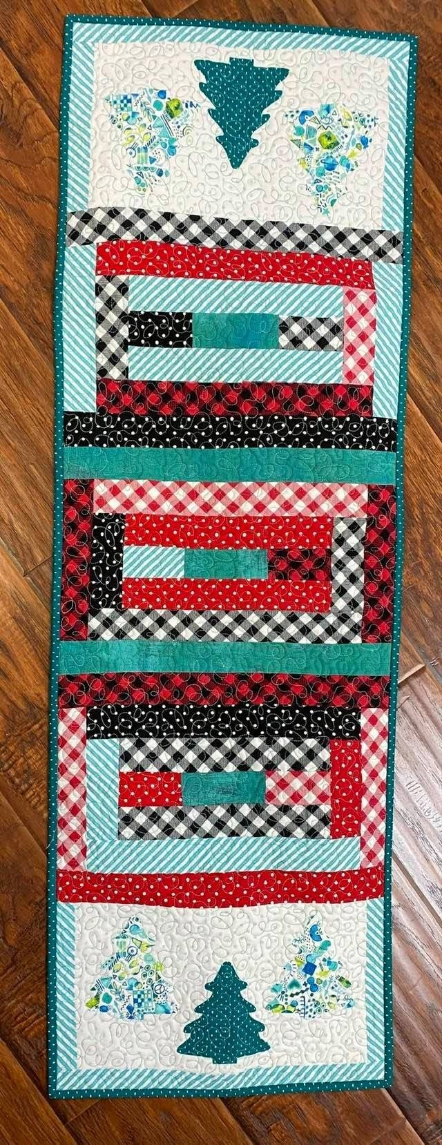 "Kit:  Good Times Runner Winter 16"" x 50"" (Includes Pattern)"