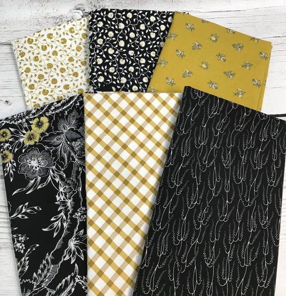 Fat Quarter Bundle (6)Black and Gold Shimmer