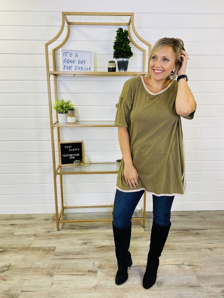 Easel Ultra Soft Relaxed Boxy Tunic with Side Slits