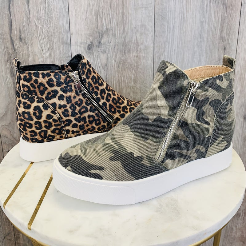 Pop To Your Outfit Platform Sneakers- 2 Colors!