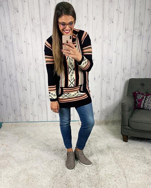 Aztec Border Print Hooded Sweater with Pockets
