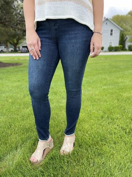 Plus/Reg Judy Blue Dreamland Jeans Best Selling Restock!