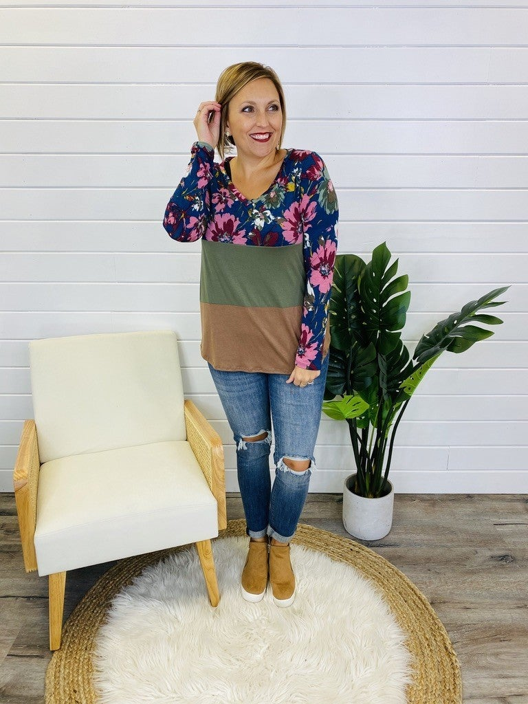 PLUS/REG Falling In Love With Fall Florals Top