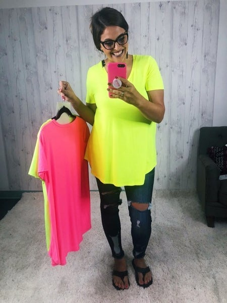 Plus/Reg Neon Lights Soft Flowy V Neck