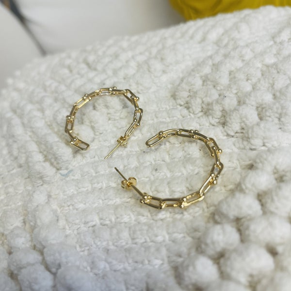 Link With Me Hoops-Gold