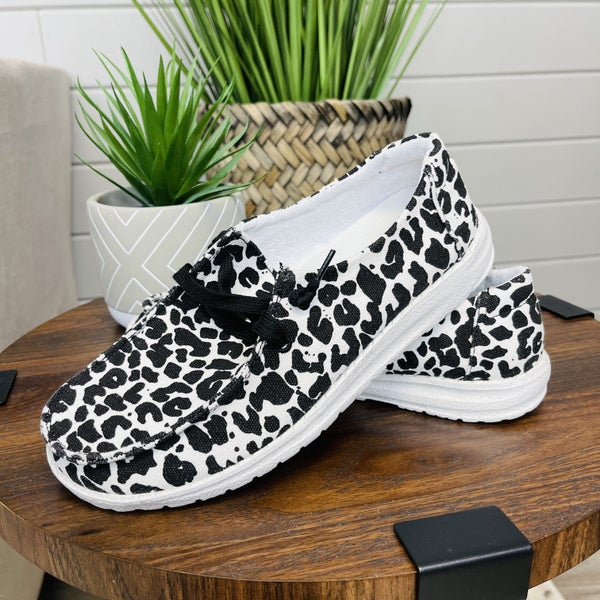 Very G Spot Me Out Sneakers
