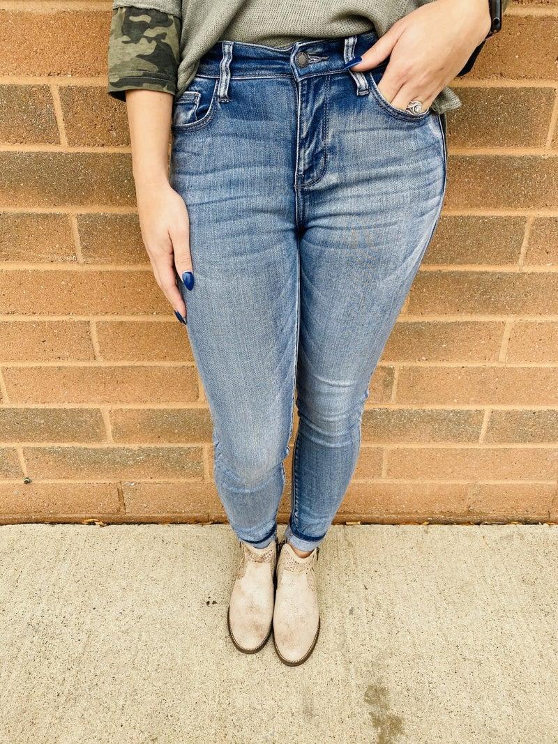 RESTOCK! PLUS/REG Judy Blue The Great Grain Skinny Jeans
