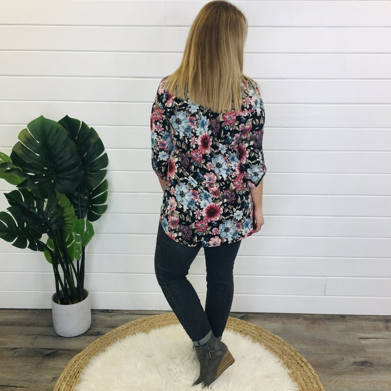 PLUS/REG Endless Love For Florals Gabby Top