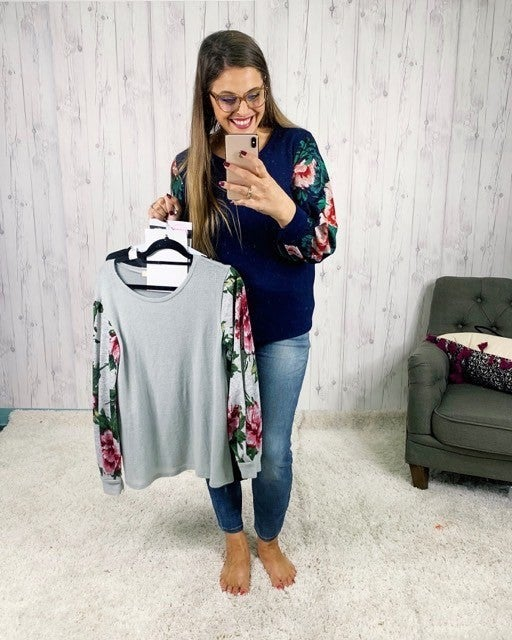 Plus/Reg Lightweight Sweater with Floral Balloon Sleeves